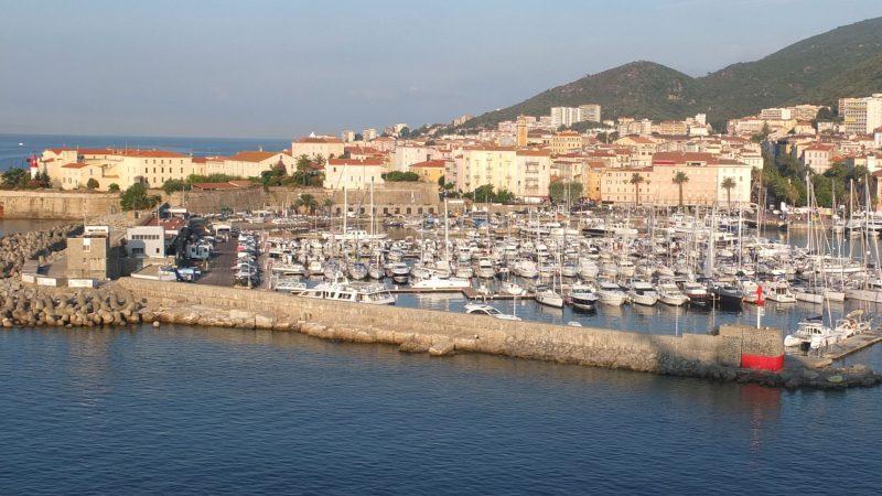 02-ajaccio-coast-1200409